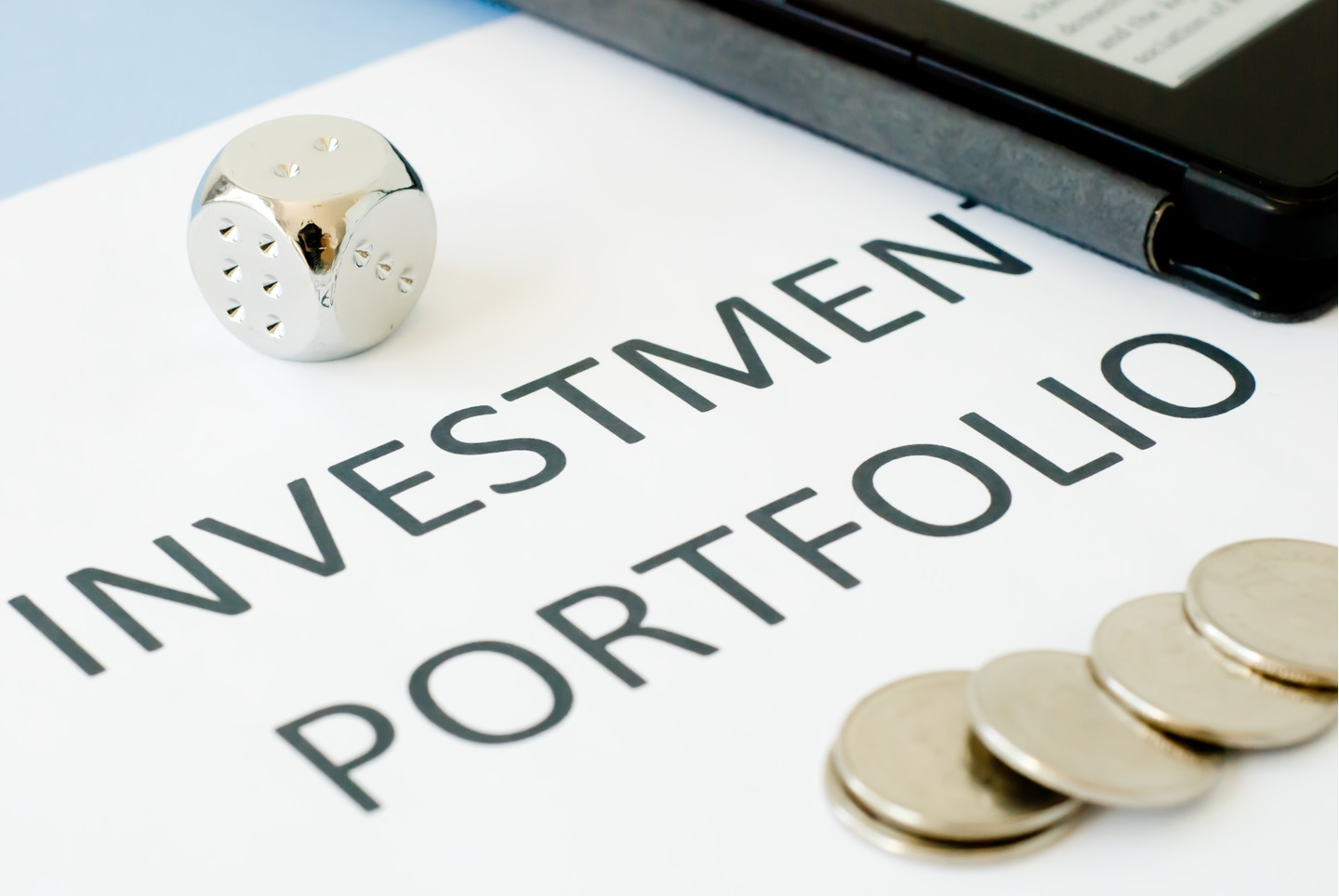 Portfolio-Investment-As-a-way-to-reduce-risks.jpg